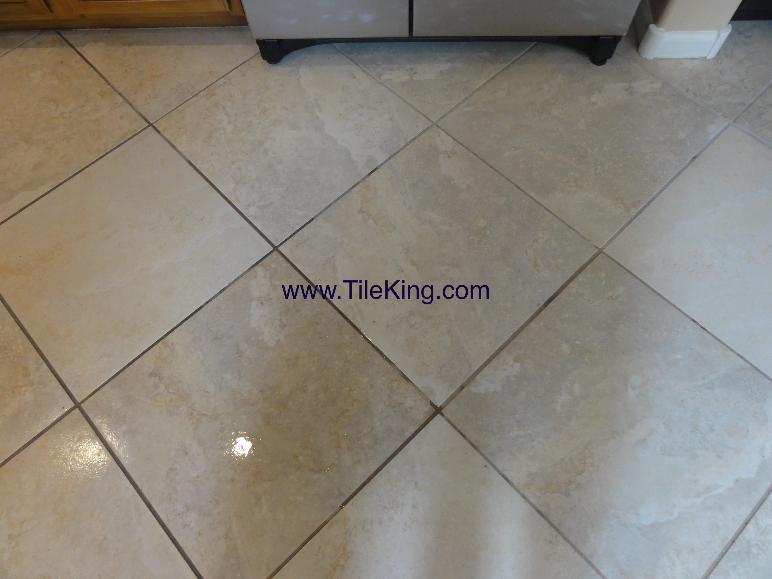 travertine tile before cleaning and sealing